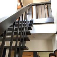 射水市M様 階段掛け替え